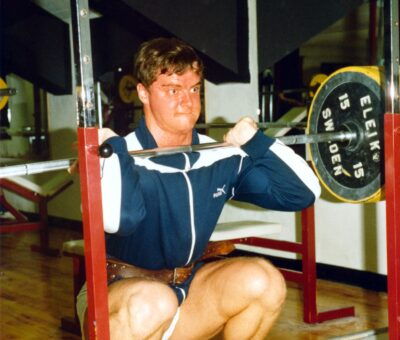 Frontsquat 140 kg, december 1983